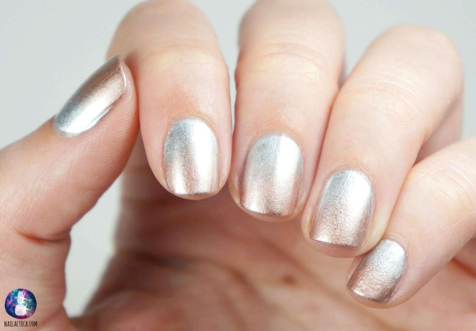TUTORIAL! | Metallic Gradient Nails